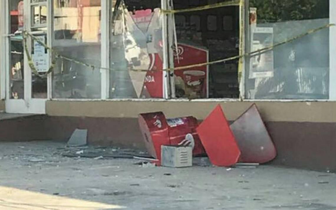 Ladrones se llevan cajero automático de farmacia, en Tamaulipas