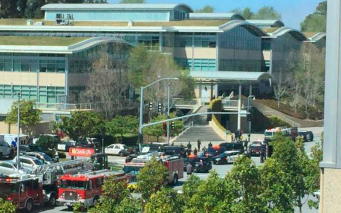 Muere mujer sospechosa de tiroteo en oficinas de YouTube en California