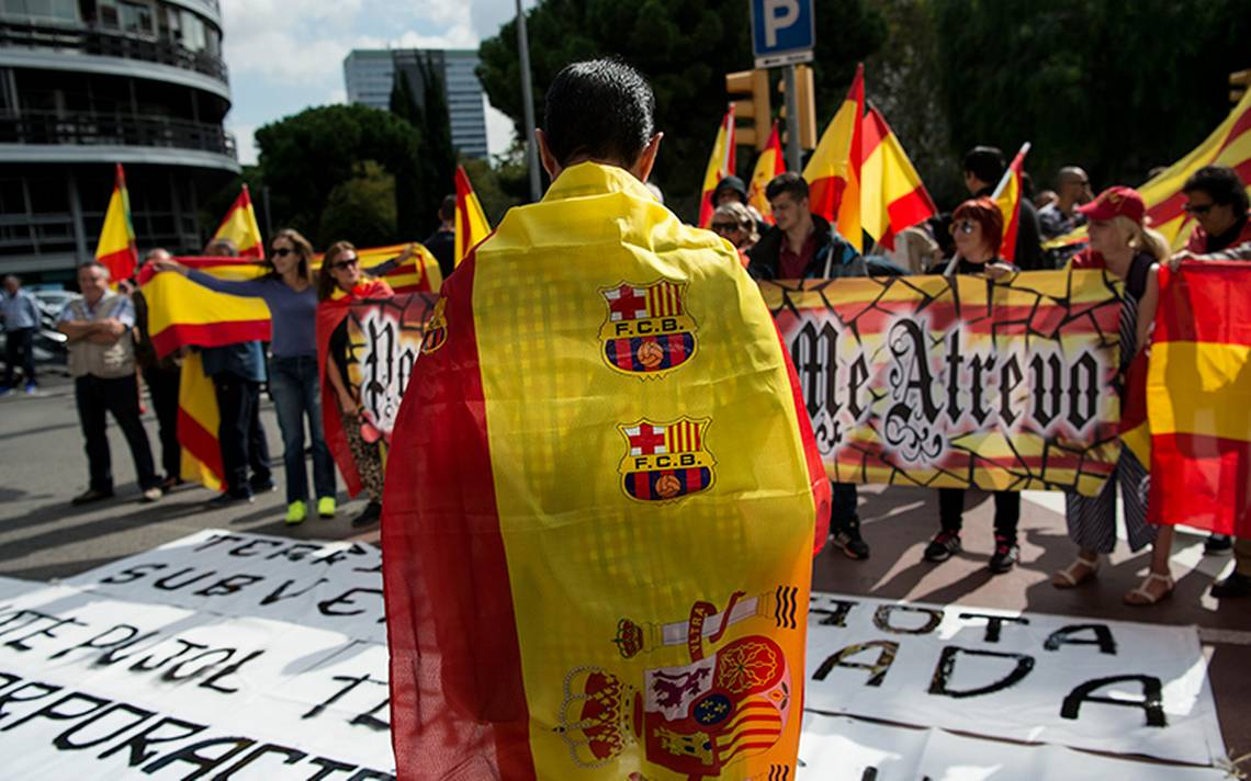 Tribunal determina como ilegal referéndum en Cataluña; ordena cerrar centros de votación