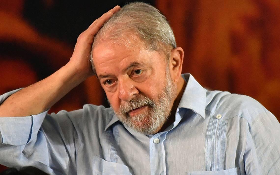 Por temor a fuga, juez prohíbe a Lula da Silva salir de Brasil