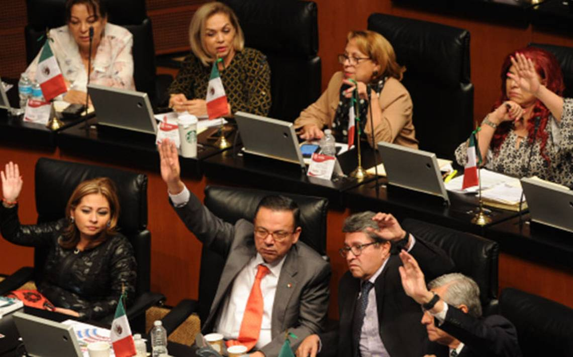 Ahora en el Senado, Morena demanda suspender la evaluación docente