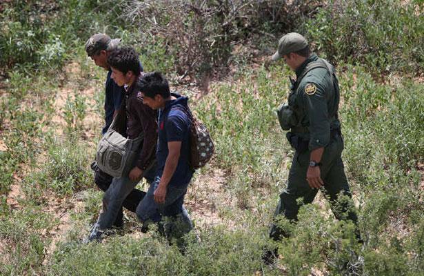 Ante oleada de repatriados, acuerdan crear Fiscalía para Migrantes enNL