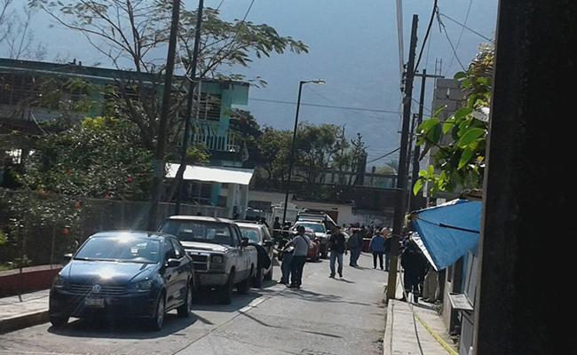 Hallan camioneta con varios cuerpos en Veracruz