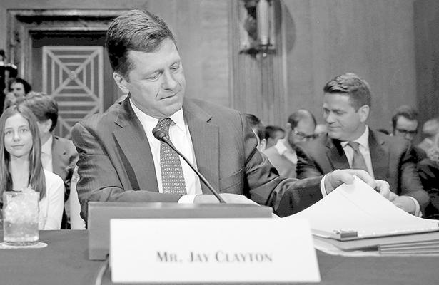 Jay Clayton, encaminado a dirigir comisión financiera de la Unión Americana