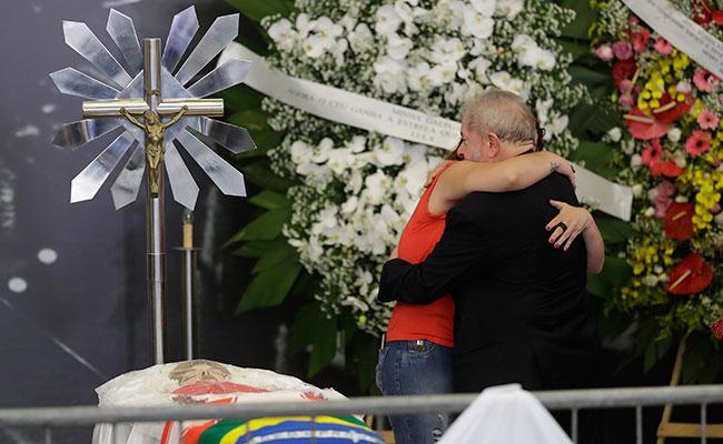 Mi esposa murió triste por las maldades que sufrió: Lula