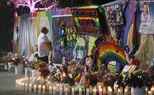 Trump promete nunca olvidar a víctimas de Orlando