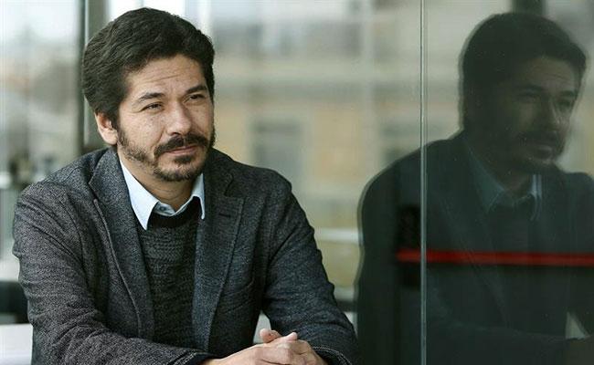 Escritor mexicano presenta libro en NY tras ganar Premio Herralde
