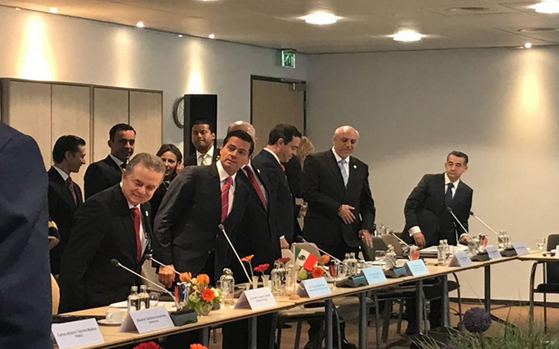 Rey de los PaA�ses Bajos recibe a PeA�a Nieto durante su visita oficial a La Haya