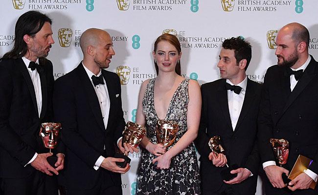 ? La La Land arrasa con los BAFTA, se lleva cinco premios
