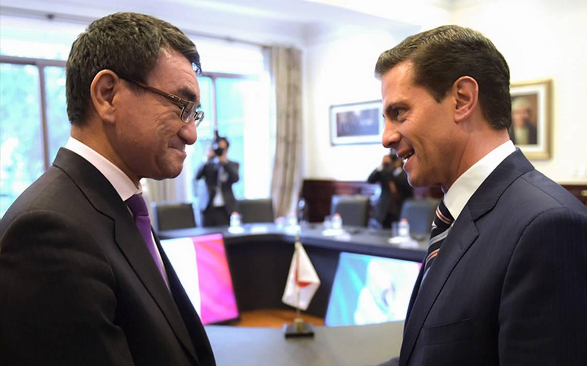 Peña Nieto recibe a canciller de Japón; refuerzan lazos diplomáticos y comerciales