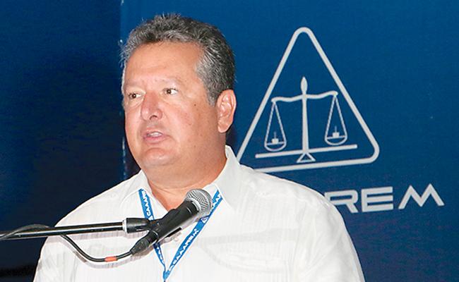 Adecuado balancear cartera comercial ante posible disolucón del TLCAN, afirma la CAAAREM
