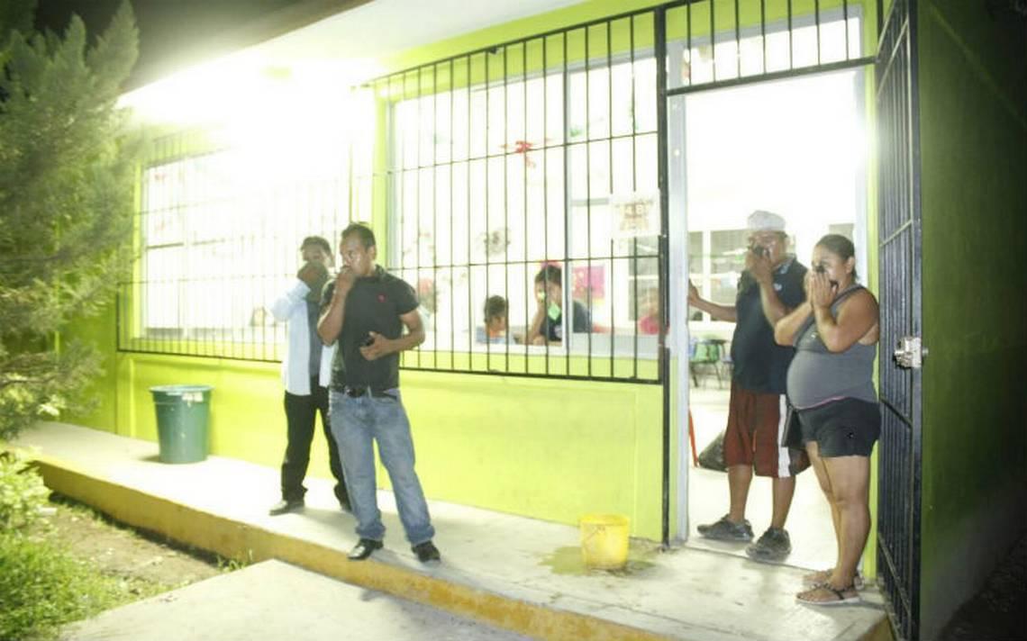 Evacuan a cientos de personas por derrame de combustible en Tihuatlán