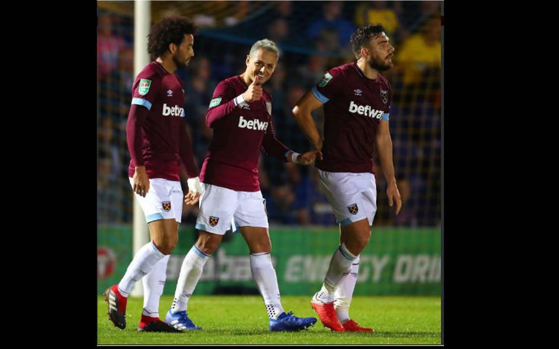 Chicharito Hernández marca gran gol en victoria de West Ham