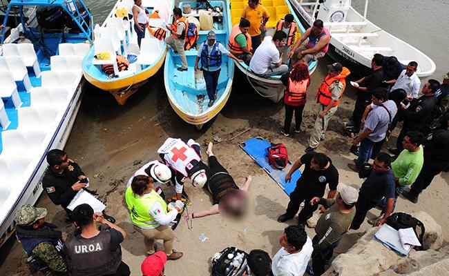 Muere turista al volcarse lancha en río Grijalva