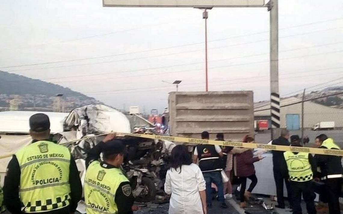 Combi que dejó 13 muertos en la México-Pachuca iba a 120 kilómetros por hora: Fiscalía
