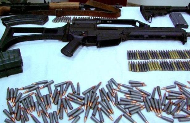 Inundada Tijuana de armas,  drogas y autos chuecos