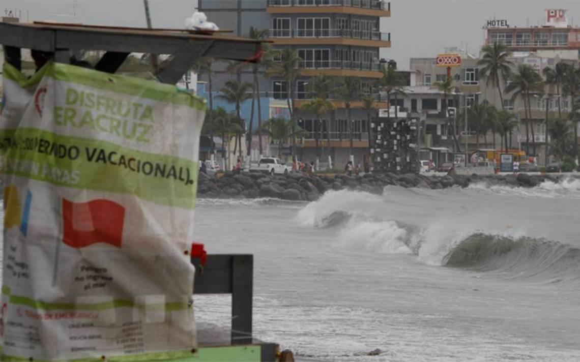 Se alista Pacífico mexicano para temporada de huracanes 2018