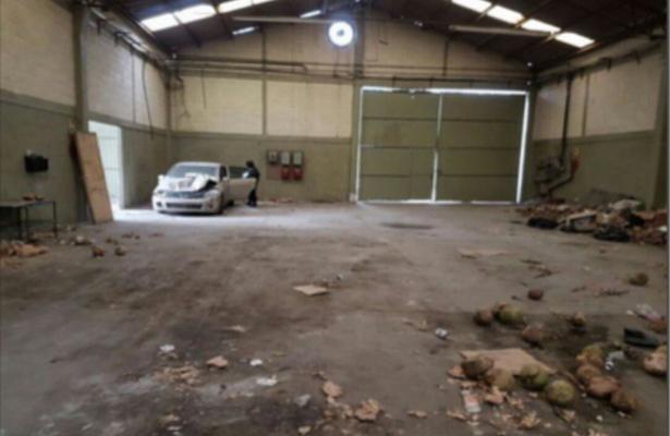 """Aseguran en Tláhuac tres bodegas de """"El Ojos"""""""