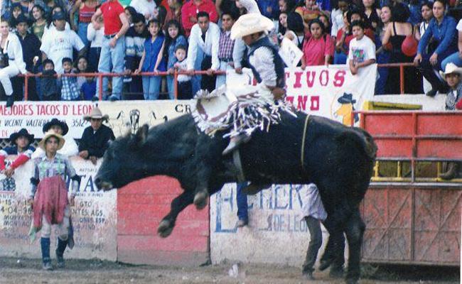 Guerrero y Morelos buscan a jinetes plagiados