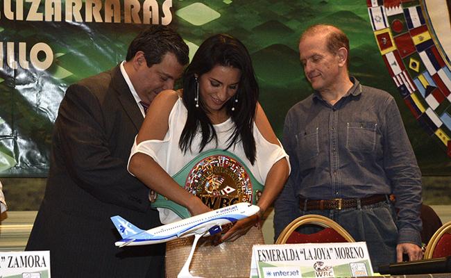Esmeralda Joya Moreno campeona minimosca