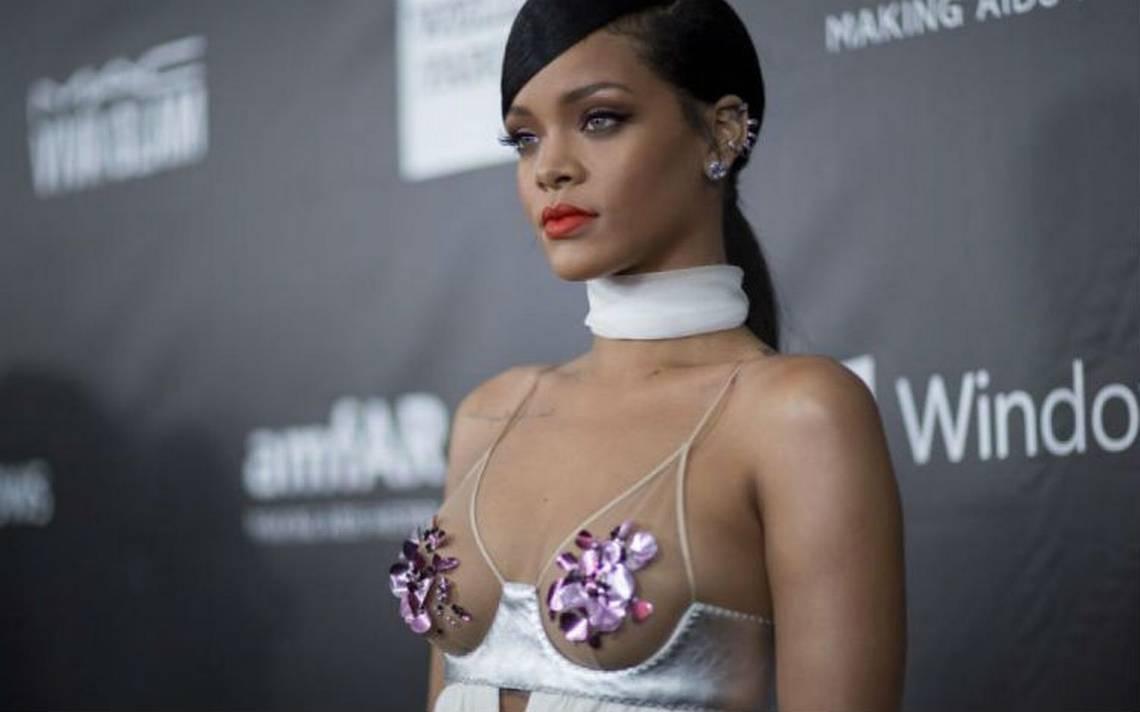 """Rihanna declara la guerra a Snapchat por publicidad que proponía """"abofetearla"""""""