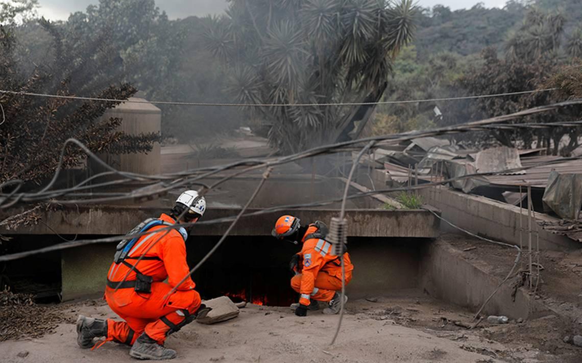 Guatemala admite que alerta de erupción llegó muy tarde para salvar vidas