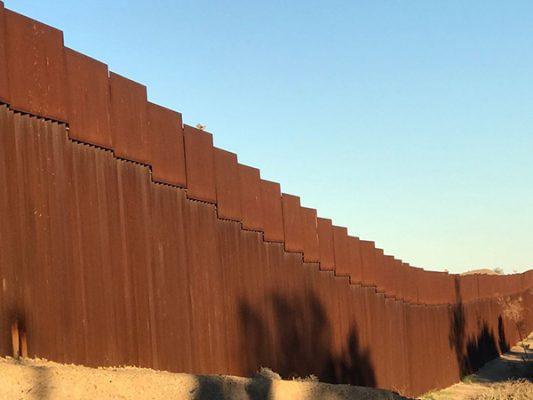 México rechaza respaldo que da Netanyahu a Trump para el muro