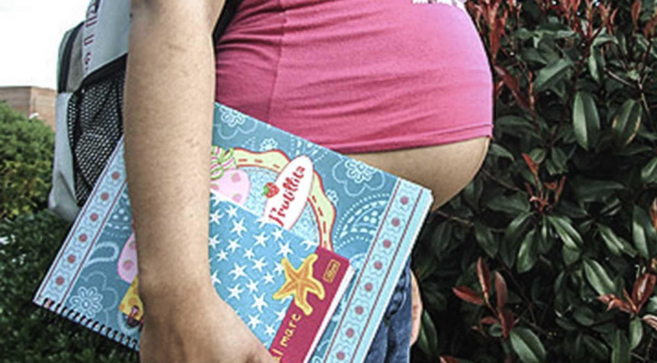 Revisa DH de Tabasco quejas por maternidad subrogada