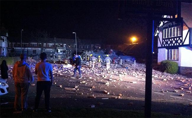 Gran explosión en Merseyside, Inglaterra,deja al menos 15 heridos