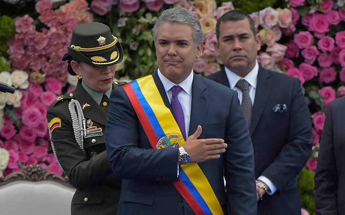 Iván Duque asume la presidencia de Colombia en reemplazo de Juan Manuel Santos