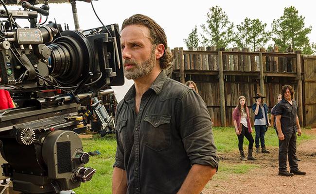"""¿Se convertirá en zombie? Andrew Lincoln sale de """"The Walking Dead"""""""