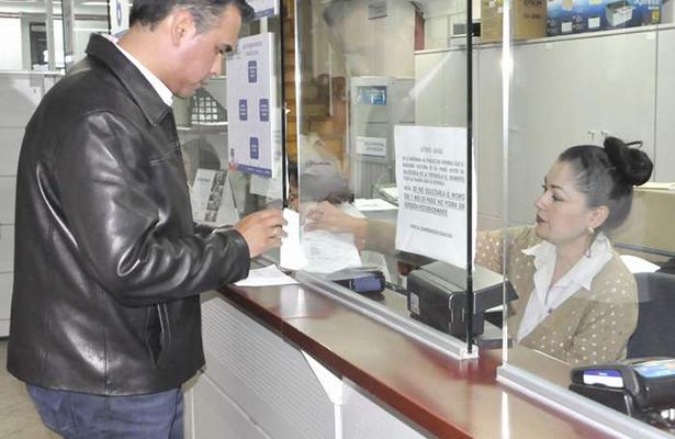 Sospecha policía de Gómez Palacio de empleados bancarios