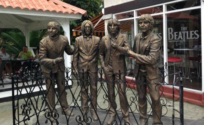 También Cuba celebra al Sargento Pimienta