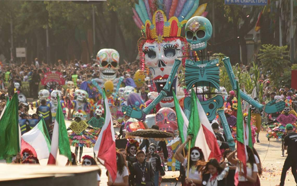 Peña Nieto destaca gran éxito del desfile de Día de Muertos en la CDMX