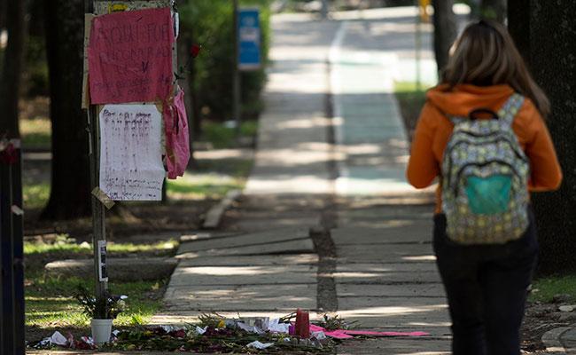 Piden reclasificar el caso Lesvy como feminicidio y descartar suicidio