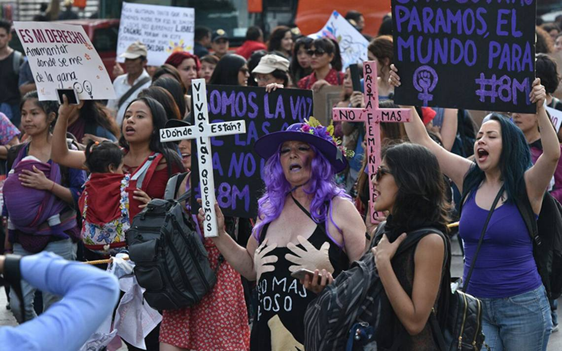 """""""Vivas las queremos"""", mujeres marchan en la CDMX"""