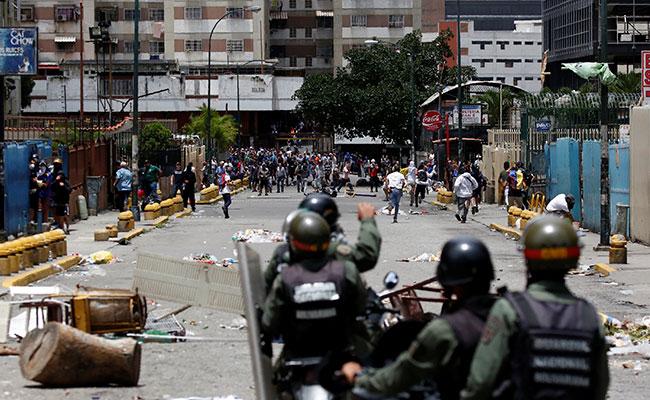 Más de 80 detenidos en paro general convocado por oposición en Venezuela