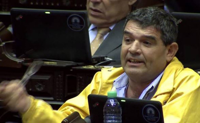 Conoce al Trump argentino que quiere un muro con Bolivia