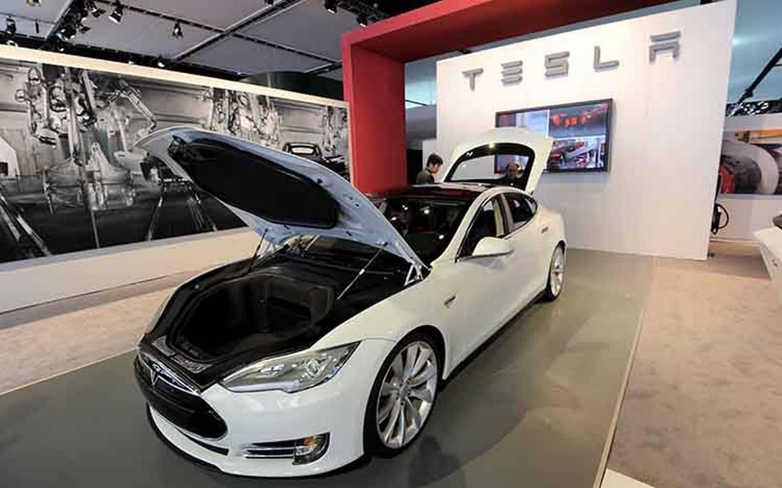 Tesla supera los problemas de producción y confía en ganarle a Ford