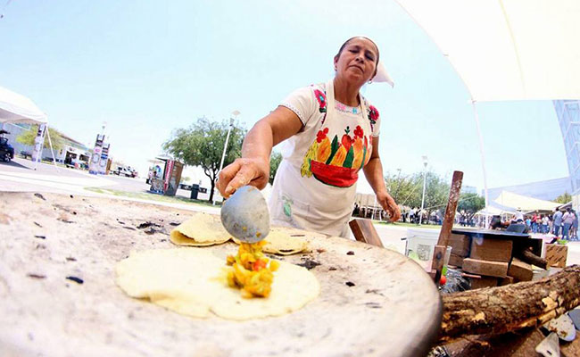 Inauguran el 5to Encuentro de Cocineras Tradicionales