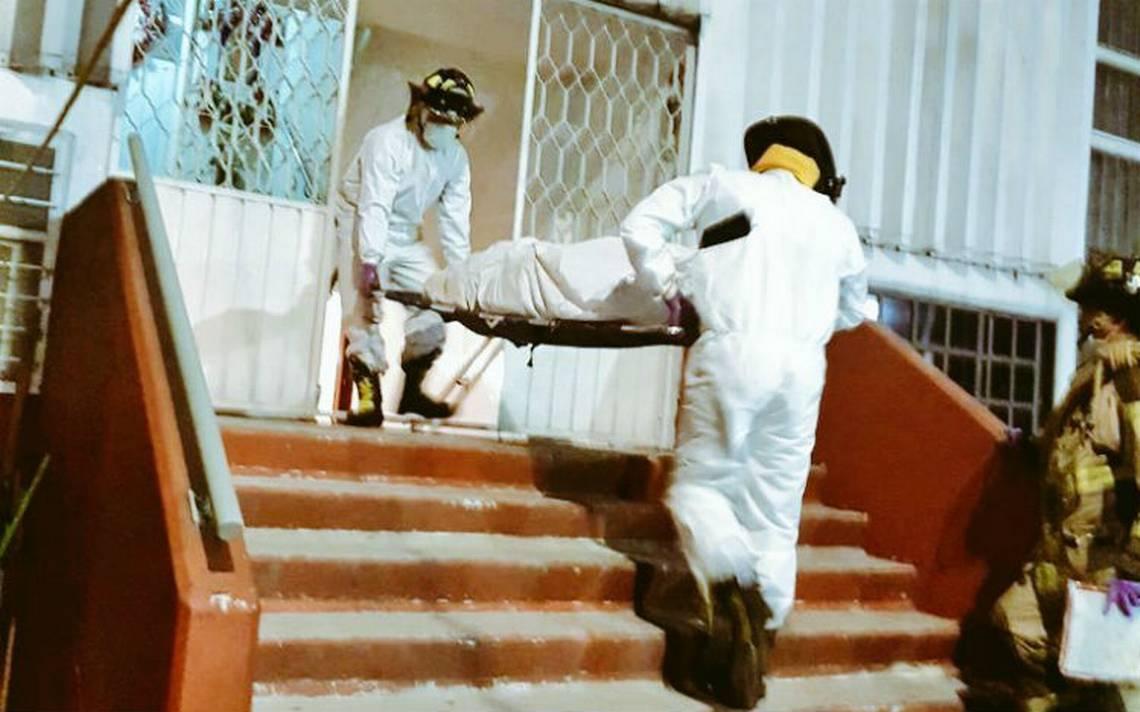 Por olor fétido, hallan a familia sin vida en departamento de Iztacalco