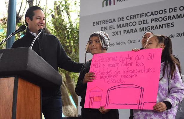 Anuncia Pancho Domínguez 162 mdp para la zona serrana