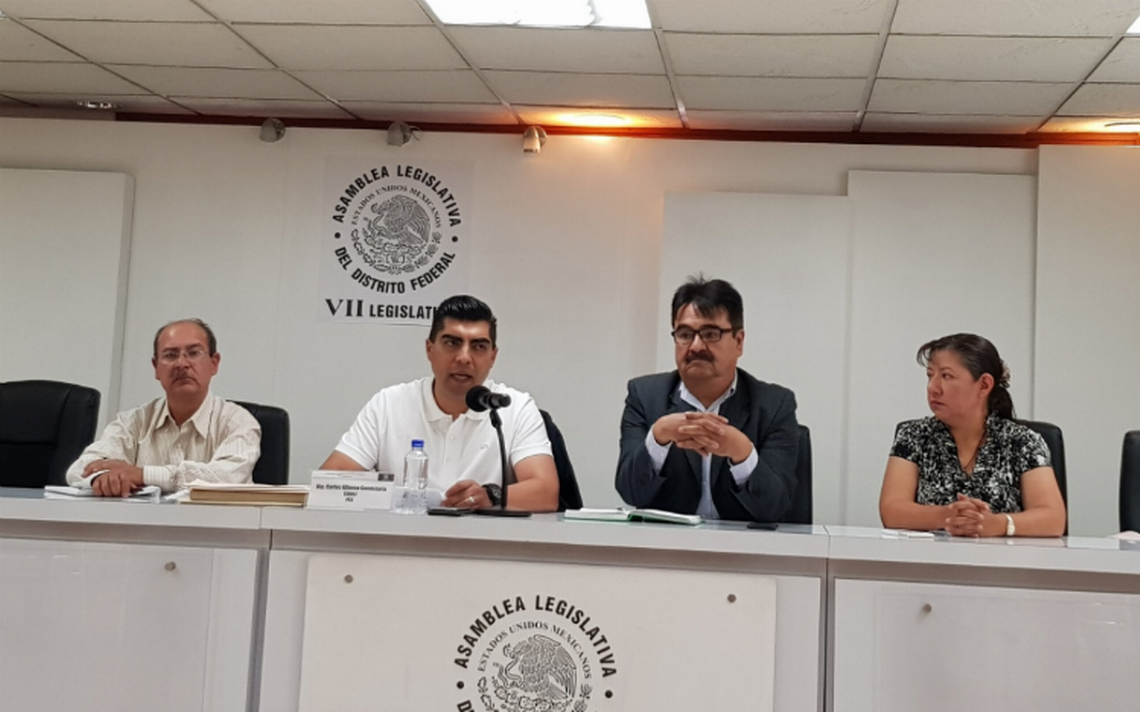 Asambleísta pide investigar al director del metro por tráfico de influencias