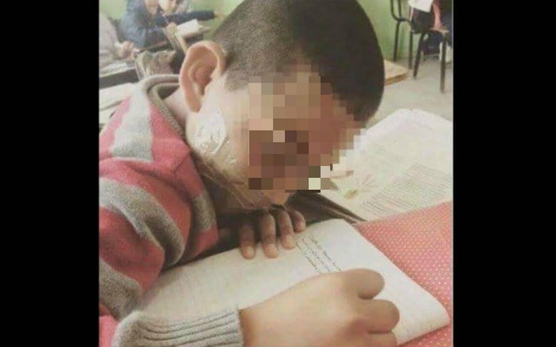 """Segundo caso de violencia en escuelas. Maestra """"calla"""" a su alumno con cinta adhesiva"""
