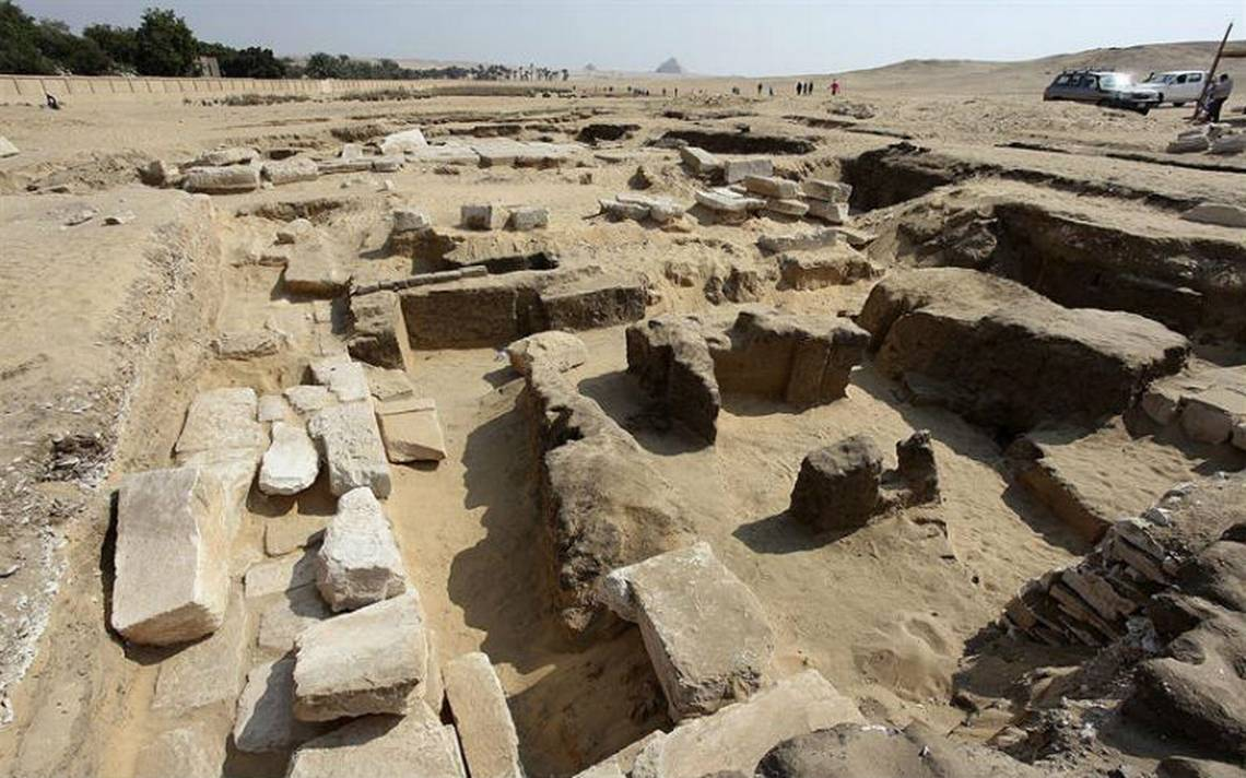 Descubren restos de templo faraónico de Ramsés II
