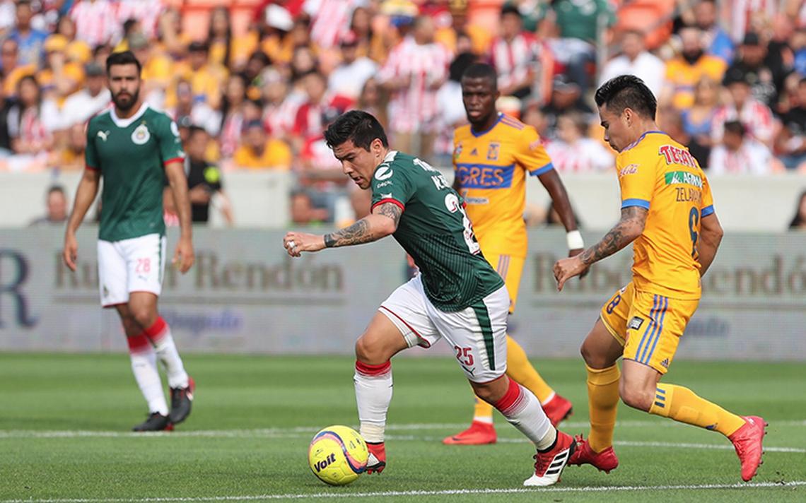 Tigres se devora a Chivas en partido amistoso