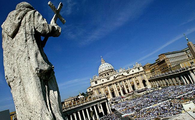 Corruptos y mafiosos podrían ser excomulgados de la Iglesia católica