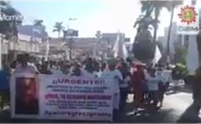 Universitarios exigen regreso de docentes desaparecidos