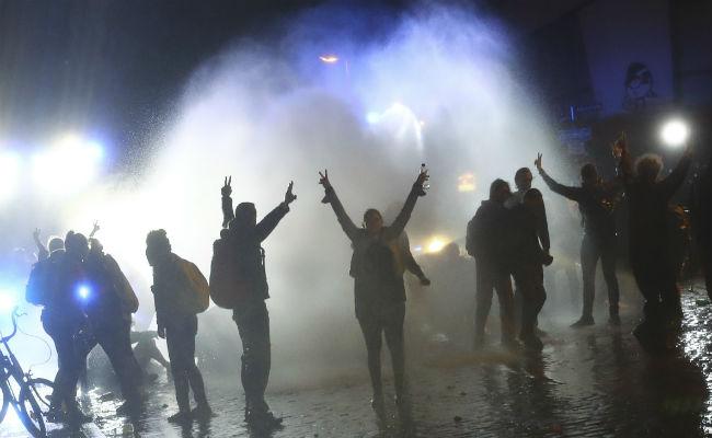 Saqueos, quema de autos y 143 detenidos dejan protestas en el último día del G20