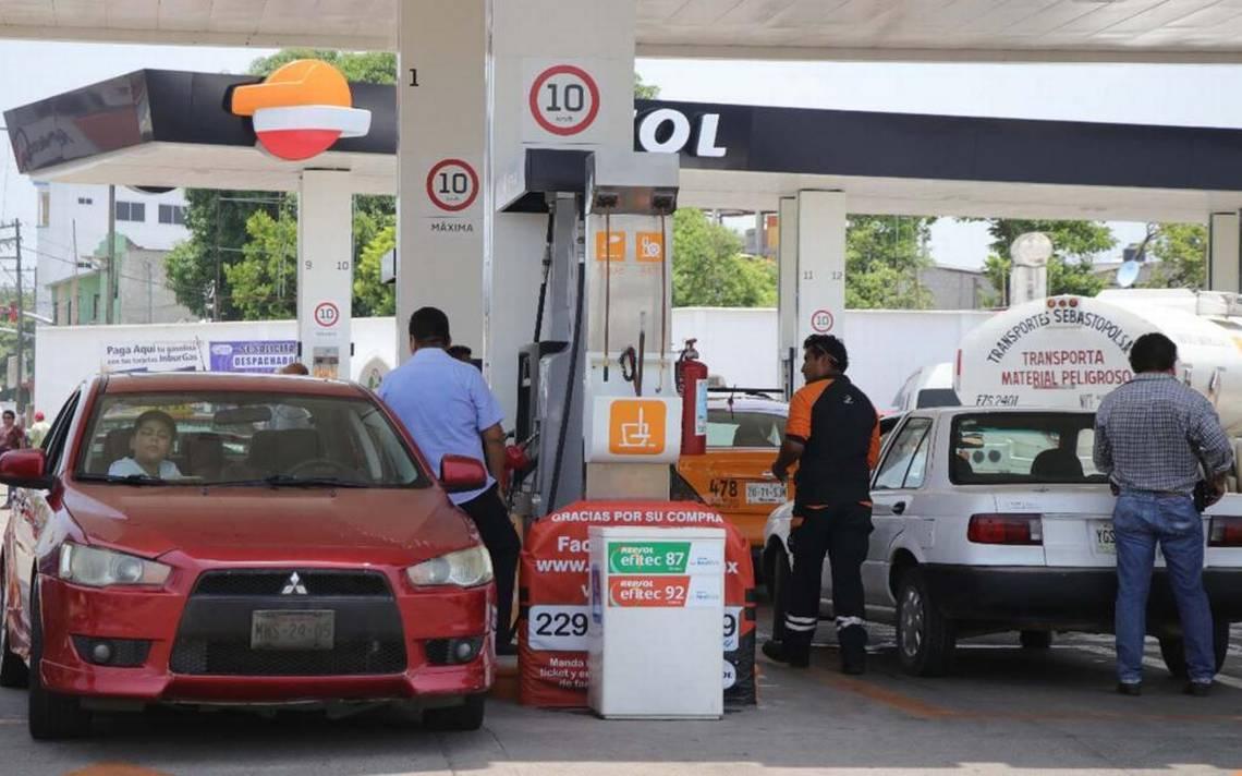 Precio de gasolina Premium llega a 21 pesos en Oaxaca